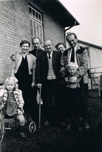Album Familiebesøg på Hovvejen - Hele flokken
