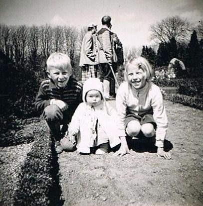 Album Familiebesøg på Hovvejen - Kirkegård