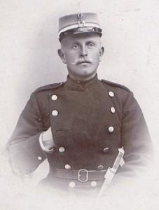 Kammas farfar som soldat ca 1905