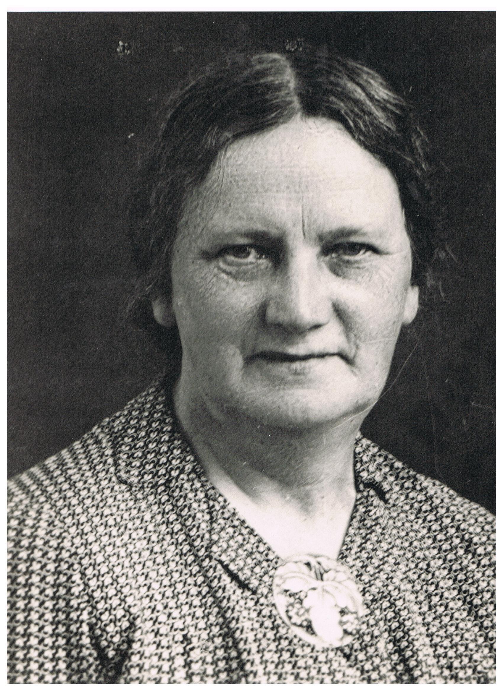 Mormor Karen Knudsen