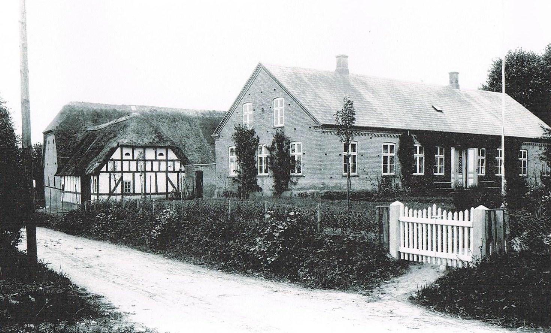 Mors barndomshjem i Båring