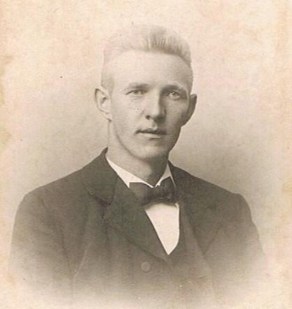 Svend Trøst Knudsen som ung