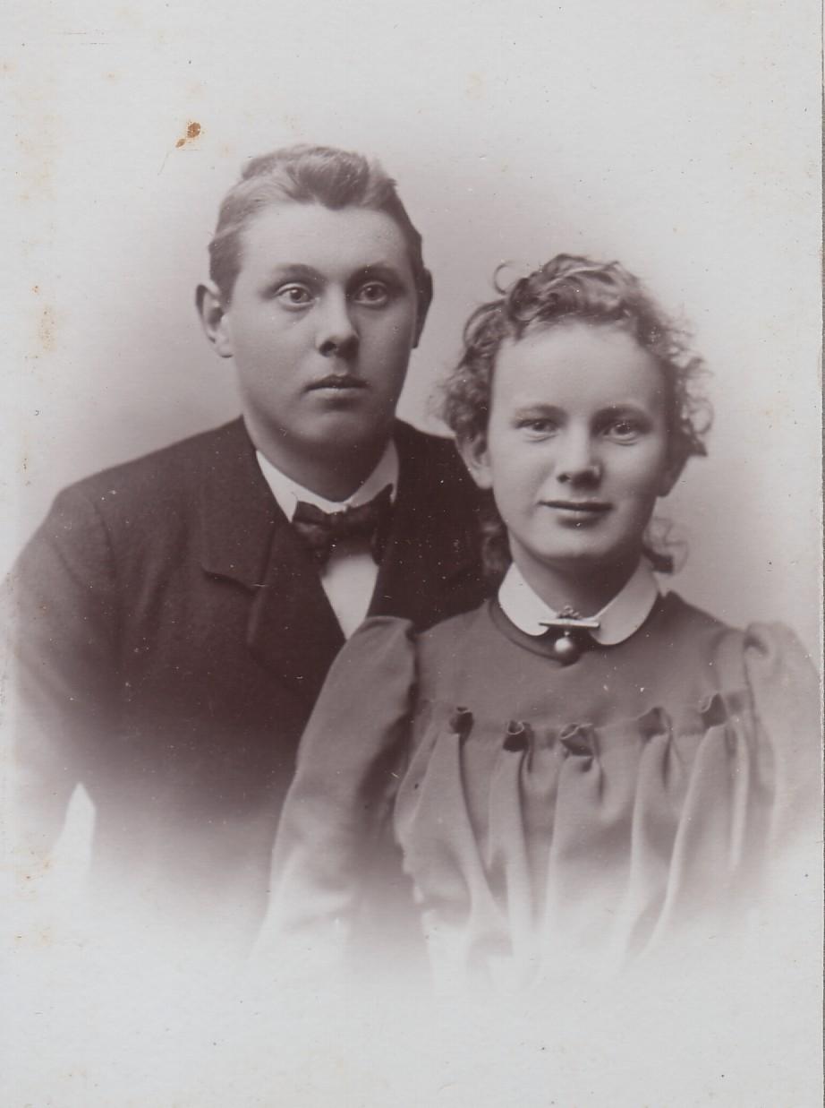 mormor og morbror knud